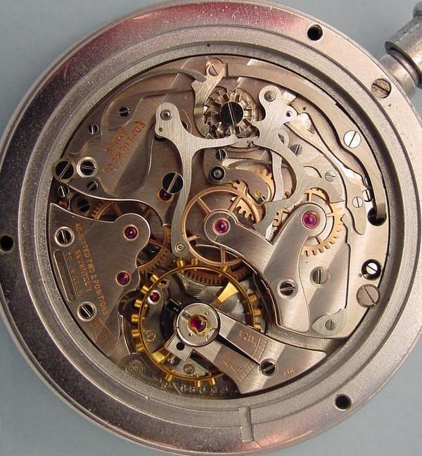 Popurri de calibres cronograficos de carga manual. Valjoux76