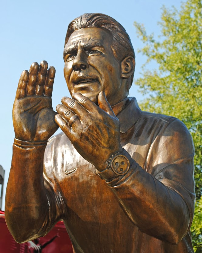 Nick Saban Statue